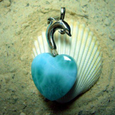 Dolphin Love, Larimar Heart